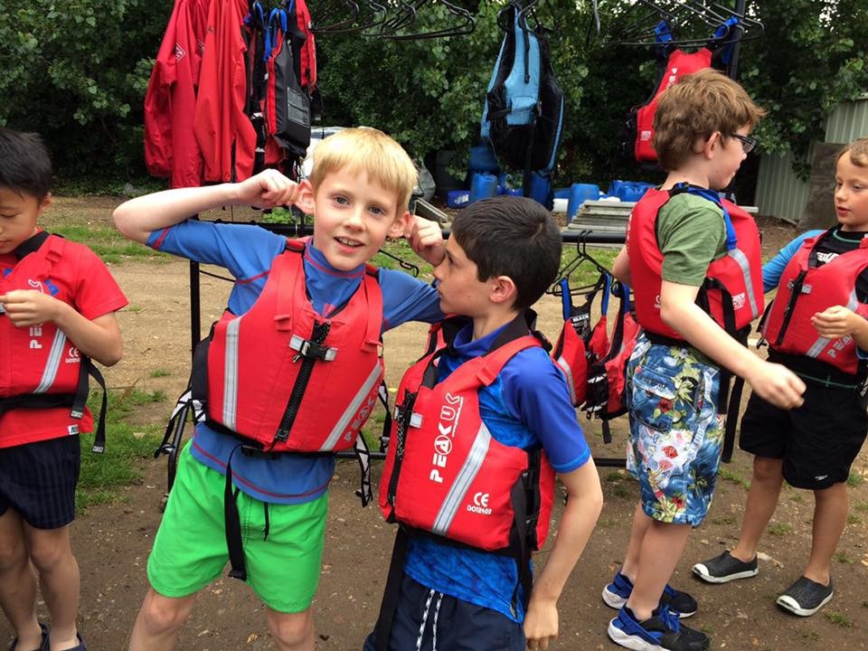 Cubs preparing for their first kayaking session